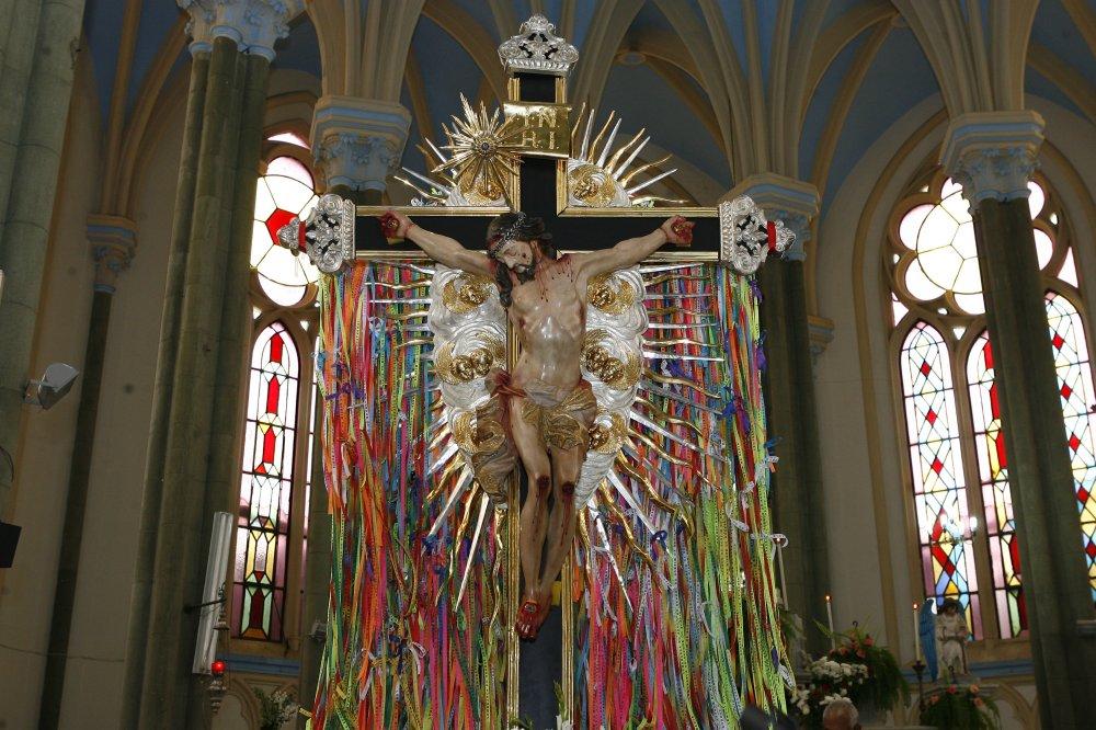 Imagem Peregrina do Senhor do Bonfim visita paróquia na cidade de Dias D'Ávila